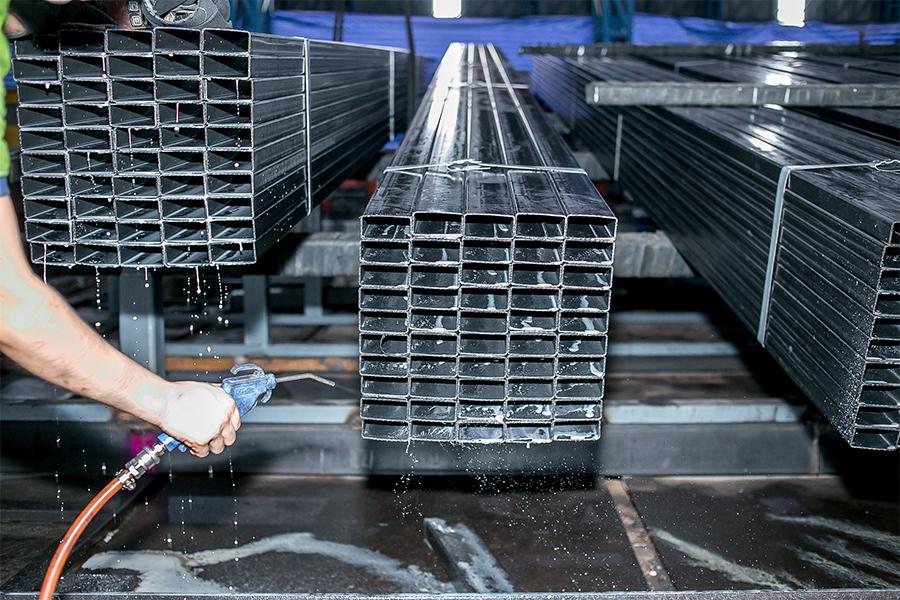 Metalsteelok จำหน่ายเหล็กรูปพรรณ เหล็กเส้น เหล็กเกรดบี เหล็กเกรดซี เหล็กมือสอง เหล็กราคาถูก ขายปลีกและส่ง มีบริการจัดส่งทั่วไทย